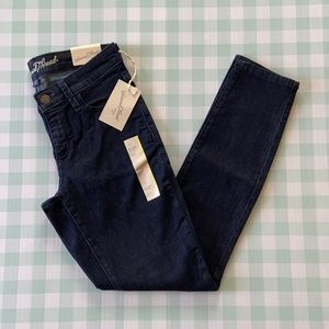 Universal Thread mid rise skinny jeans size 0